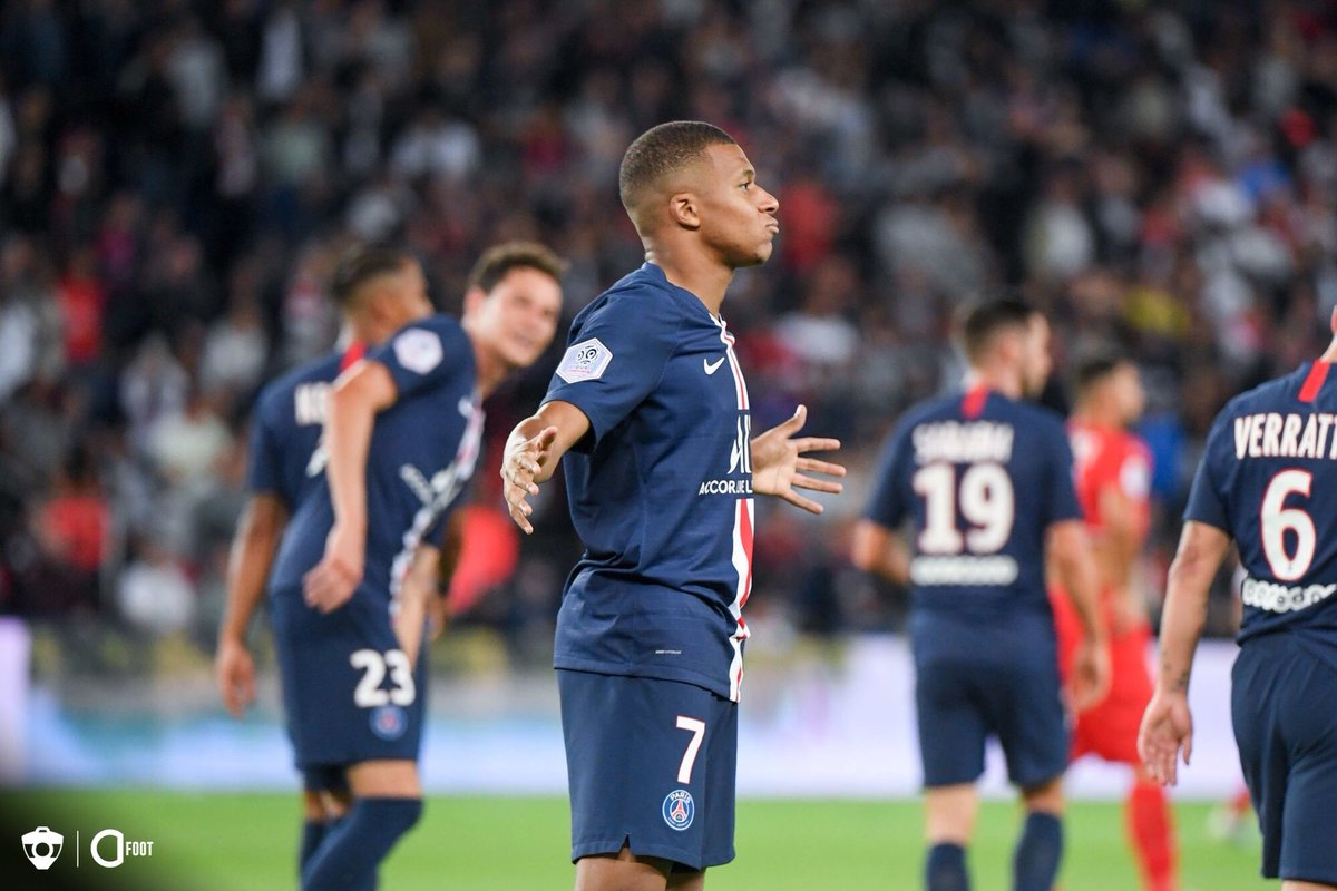 🔥 Kylian Mbappé ce soir face à Nice : 83' 🔁 Entrée en jeu 88' ⚽️ But 91' 🎯 Passe décisive