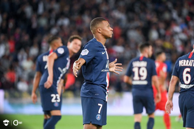 Championnat de France de football LIGUE 1 2018-2019-2020 - Page 29 EHMDGyiWsAA7Ps3?format=jpg&name=small