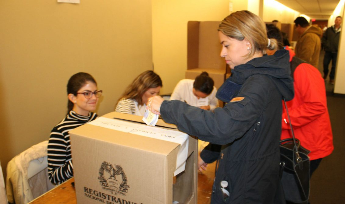 tengo mi penúltimo especial de #BogotaDecide #BogotaDebate de esos aspirantes al #concejodebogota y #ediles de diferentes localidades para ayudarlo un poco con su voto