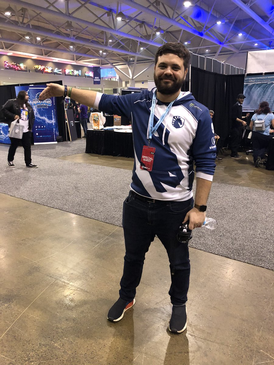Hungrybox On Twitter Just Won Doubles At Eglx With Mew2king Not Pictured Mvg Mew2king Mew2king, commonly known as m2k, is an american smasher from cinnaminson, new jersey, who is currently residing in orlando, florida. just won doubles at eglx with mew2king
