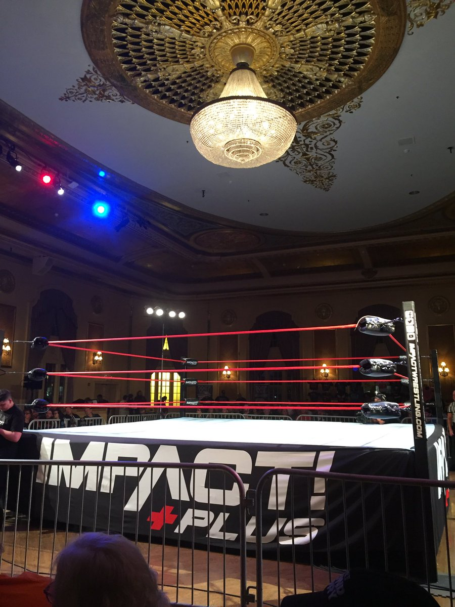 Attending my first @IMPACTWRESTLING show ever. So much fun! Glad wrestling is back in South Bend after 20 years! Thanks @WrestlingTravel and @dhancock110 https://t.co/MMh3GRtGfM