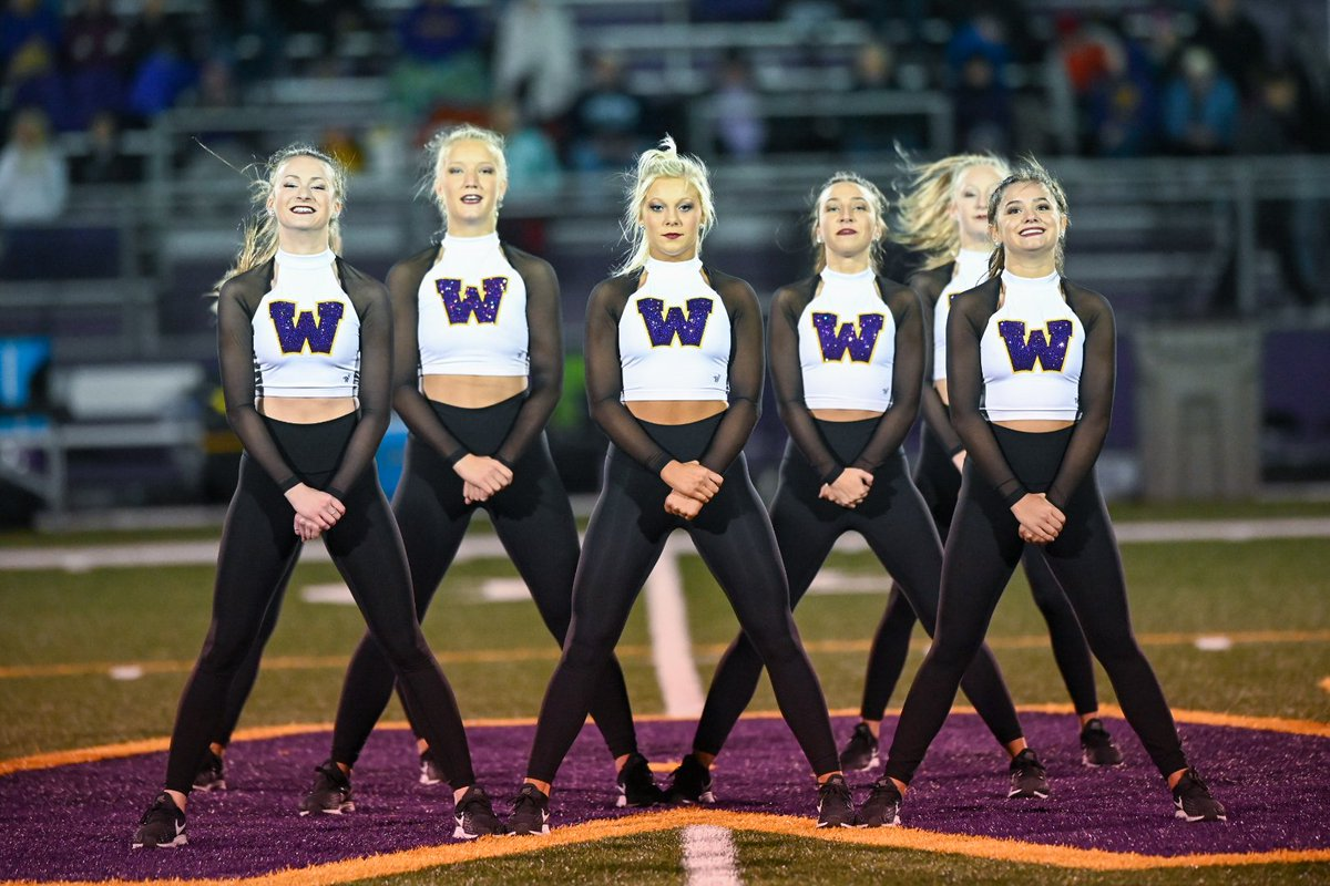 Had so much fun performing! So sad football season is coming to an end. Thanks for all the support 💜💛