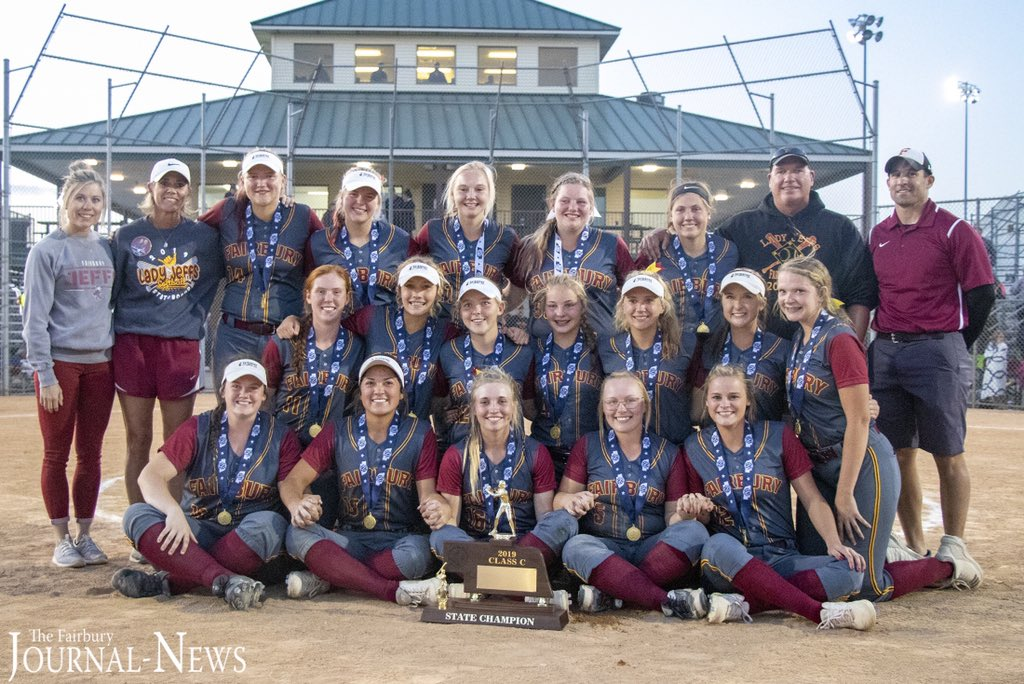 Fairbury is your Class C state champions via a 6-5 victory over Guardian Angels Central Catholic. The state title is the first in program history.  Raven DeFrain's RBI single in the 6th frame that brought home Jaelle Johnson secured the game-winning run for the Jeffs. #nebpreps <br>http://pic.twitter.com/zj4fHVce1l