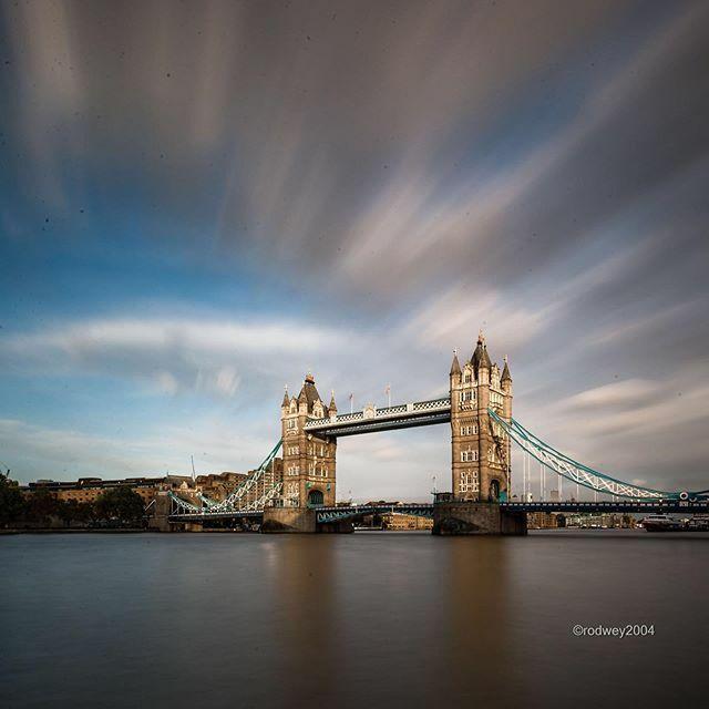 Stretchy clouds over tower bridge. . . Do visit my website  http://RodweyPhotography.com . .  #weather #towerbridge #cloudscape #metroldn #cityoflondon #superphoto_longexpo #architecture #cityscape #globalcapture #london #pictureoftheday  #bestlondonphotos #totallythames #thisislon…