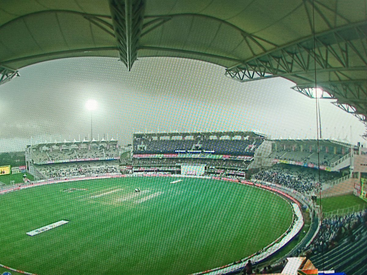 The scene now at the JSCA Stadium at Ranchi... #INDvsSA #IndvSA https://t.co/3DzdSfRq2J