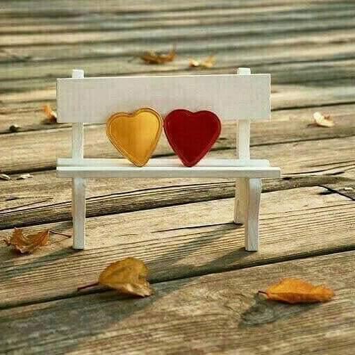 """Külün dumanı """"Aşk """" kokmuyorsa Közü Sevda değildir! Kalp #Aşk diye Atmıyorsa Sözü #Sevda değildir...✔"""
