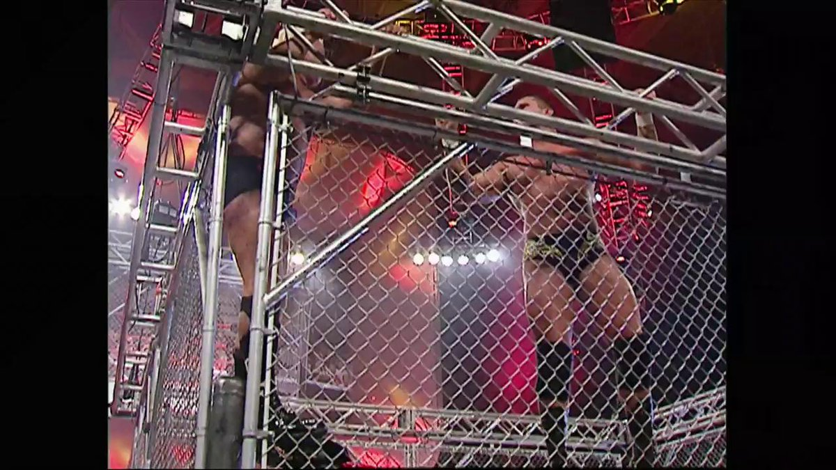 ON THIS DAY: @RandyOrton and @RicFlairNatrBoy met inside a #SteelCage at WWE Taboo Tuesday in 2004! http://wwe.me/IvAp0J