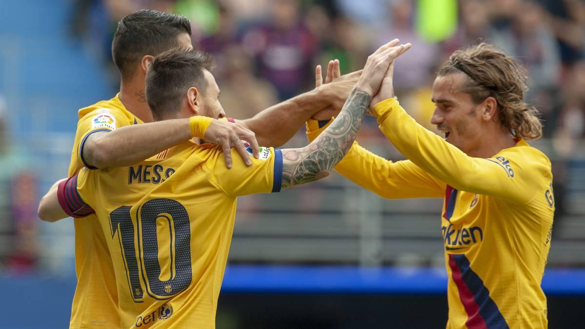 برشلونة يهزم مضيفه إيبار بثلاثية نظيفة ويعتلي صدارة الليغا مؤقتاً
