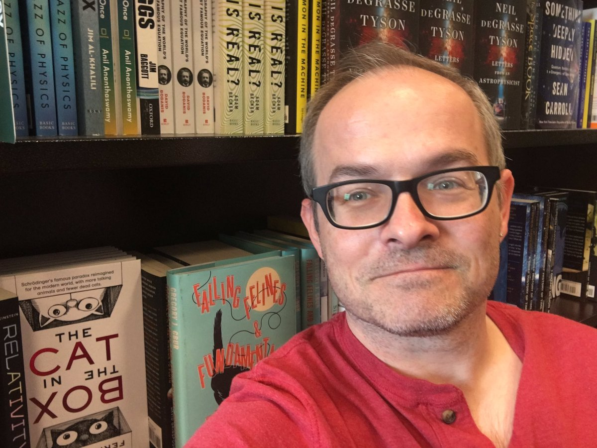 Back at the bookstore and decided to get a selfie with #FallingFelines on the shelf!
