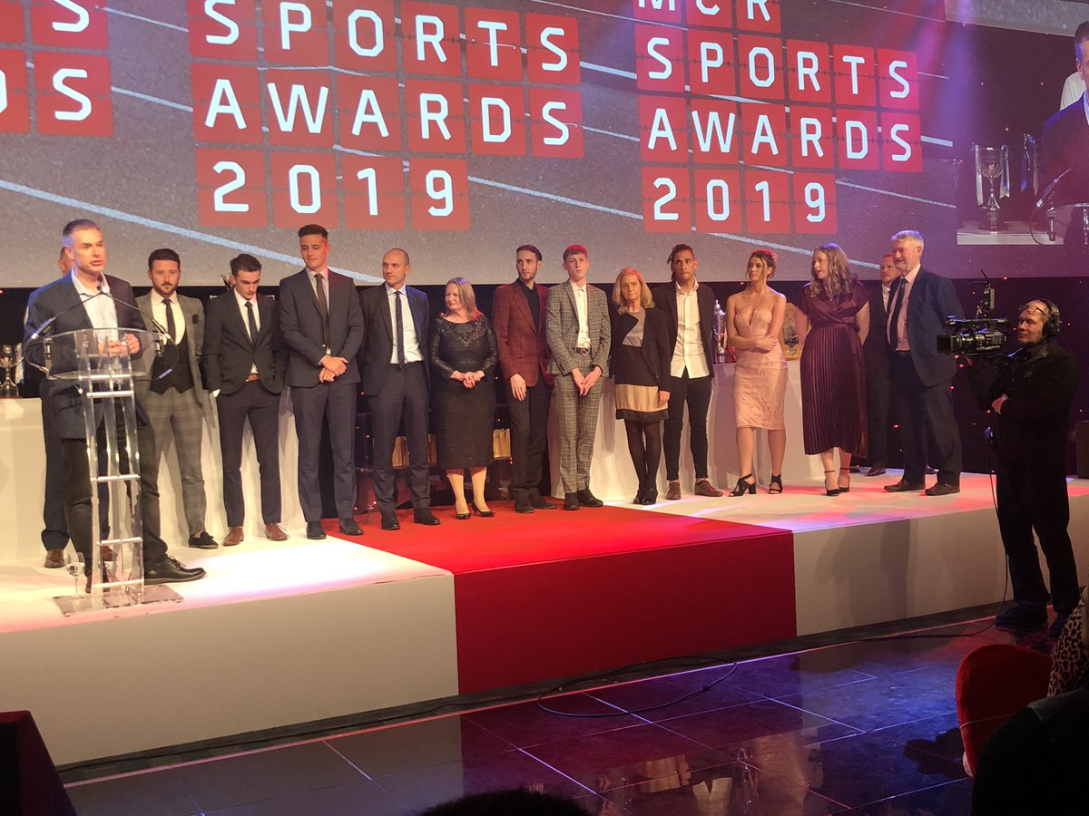 """Congrats to @WorldTaekwondo1 / @GBTaekwondo for winning """"event of the year award"""" at @McrSportsAwards ! Doesn't #manchester just host all the coolest sporting events in the world. #bestcityintheworld"""