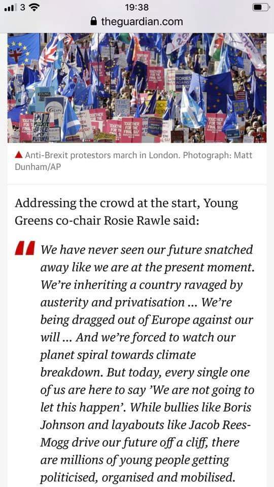Oo heck! My speech at the #LeftBloc of the #PeoplesVoteMarch got picked up in the @guardian live blog today! 👇📰 With thanks to our fab @YoungGreenParty Press Officer @nettle_alex for getting it in there!