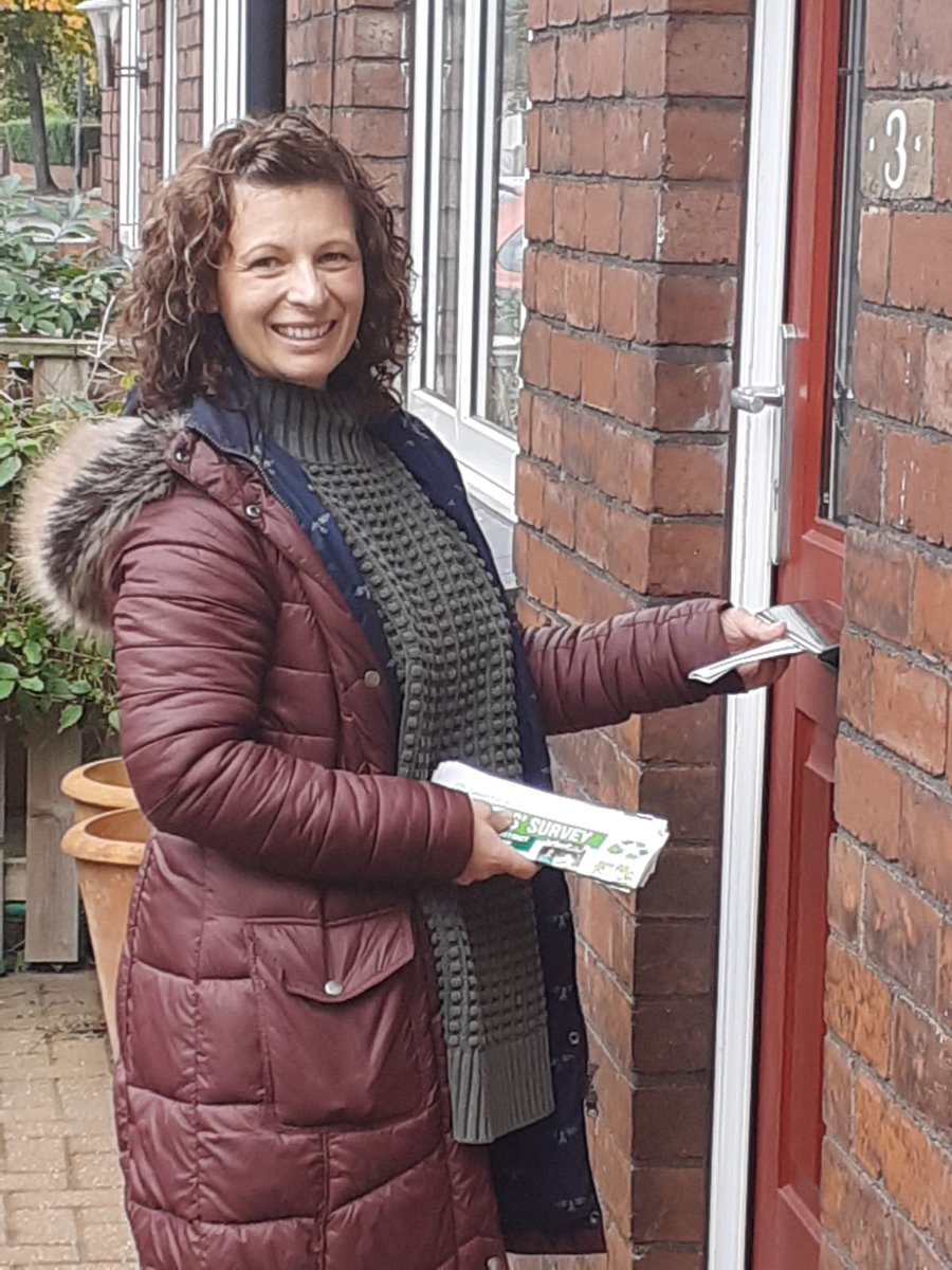 Karen was out raising the profile of @WakefieldGreens and finding out what the local issues are around #wakefield #thornes #lupset that a Green Councillor can make a difference to. #GreenWave