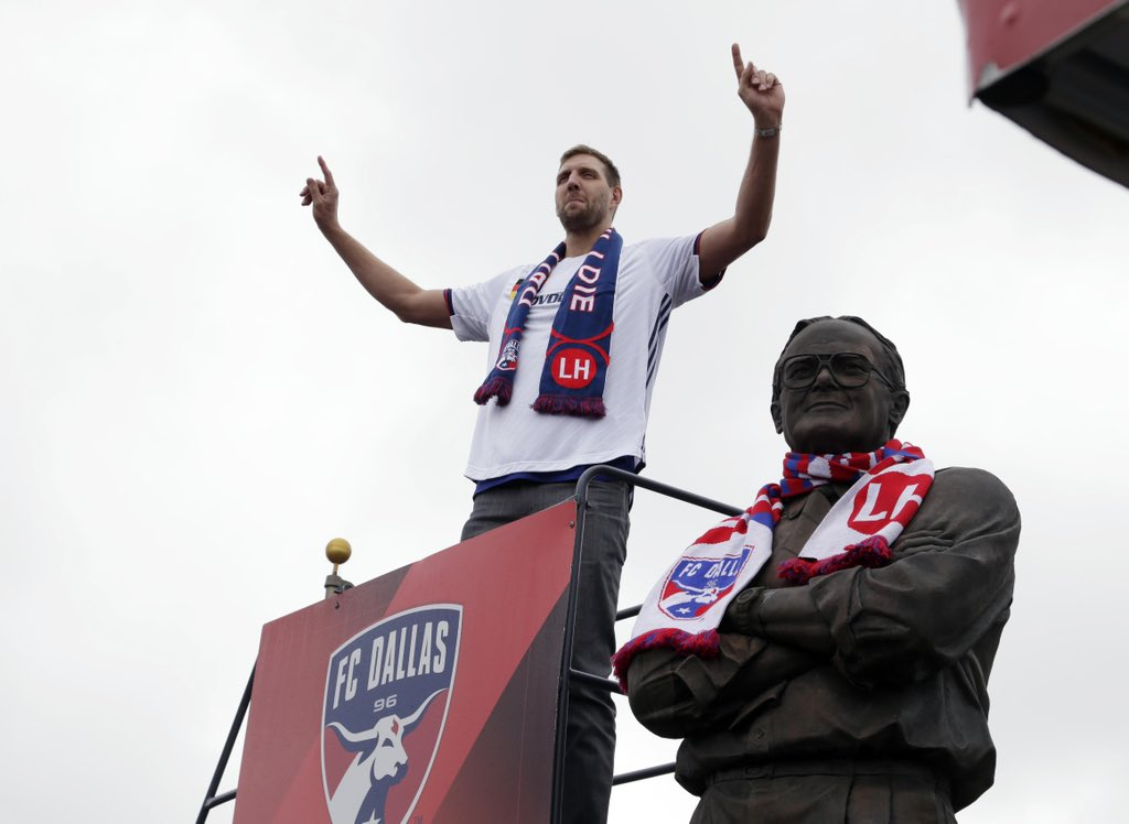 Good luck today @FCDallas! We'll be watching and cheering! #FightForAll #DTID  https:// twitter.com/FCDallas/statu s/1185537581125005313   … <br>http://pic.twitter.com/00sROLLvdf