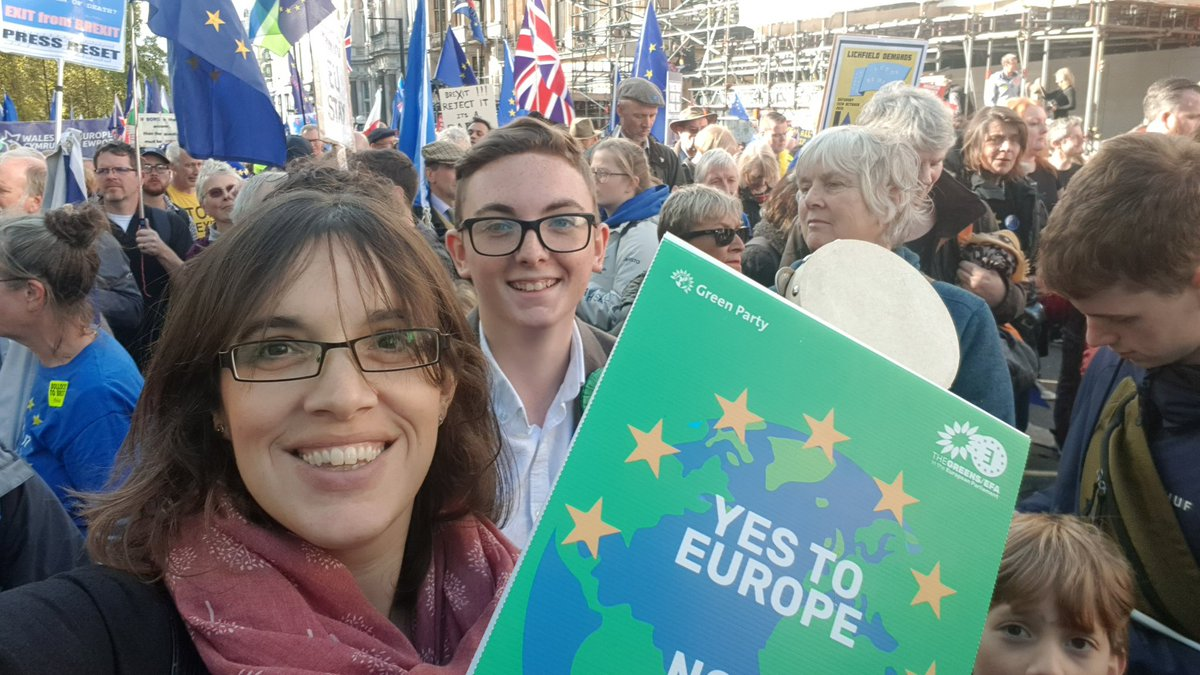 EPIC march for #PeoplesVote today with @IoWForEurope and @IOWGreenParty and @IOWLiberals and others. Watched the Parliament result live in Whitehall! We must remain - and transform this country into being fairer, freer and with protections!