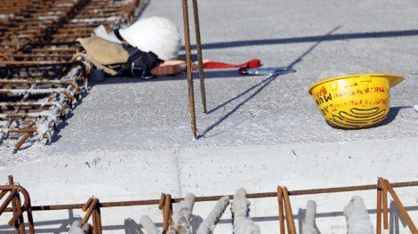 Incidenti sul lavoro, muore operaio di 56 anni caduto da una scala - https://t.co/IdQA1kHz2E #blogsicilianotizie