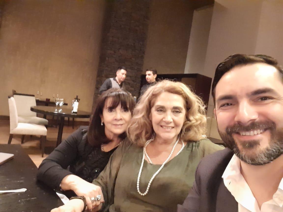 Muchas gracias a la Dra Fernanda Gil Lozano y al fiscal Julio Zarate de la provincia de Río Gallegos, por acompañarnos en esta jornada tan importante para  nuestra Fundación.