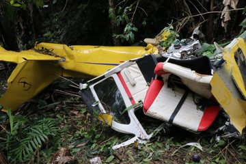 aeronaves - Accidentes de Aeronaves (Civiles) Noticias,comentarios,fotos,videos.  - Página 18 EHQrfSRWwAE06VV?format=jpg&name=360x360