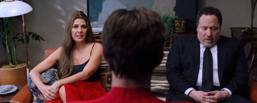 """""""Are you dating?""""  Happy: yes May: not really  Estos dos tienen un problema  #SpiderManFarFromHome <br>http://pic.twitter.com/3aisTtsXTX"""