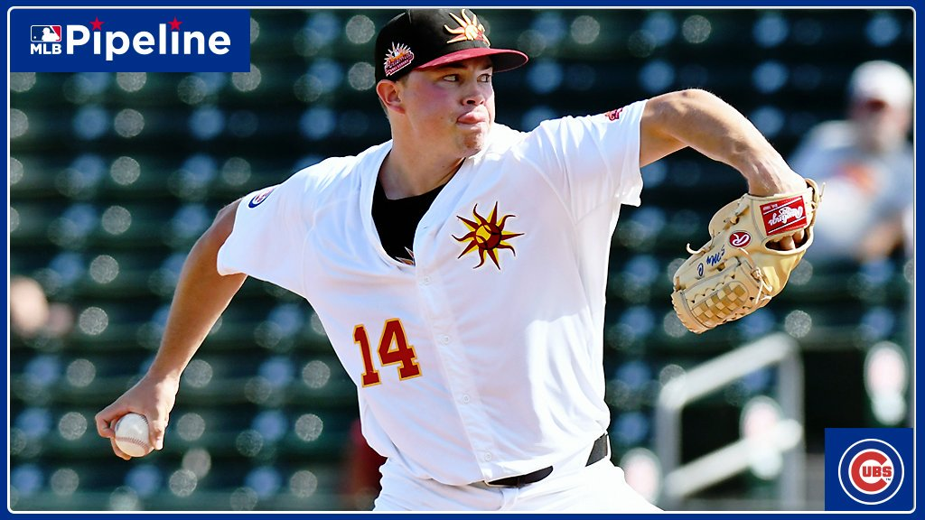 #Cubs prospect Keegan Thompson outdueled the top-ranked pitching prospect in the AFL (#Astros' Forrest Whitley) today:  5 IP 1 H 0 R 0 BB 5 K 54 pitches 45 strikes (!)  Gameday:  https:// atmlb.com/2Mu6Ywx    <br>http://pic.twitter.com/msLweFyZMl