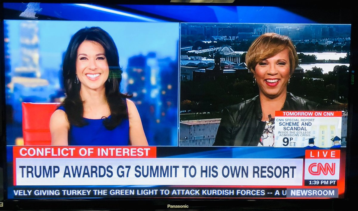 We love it when author of #EPluribusOne @IAmSophiaNelson is on TV and they showcase the book cover. Go order your copy today! #cnnnewsroom #EmolumentsClause<br>http://pic.twitter.com/eVYRfqoH5q