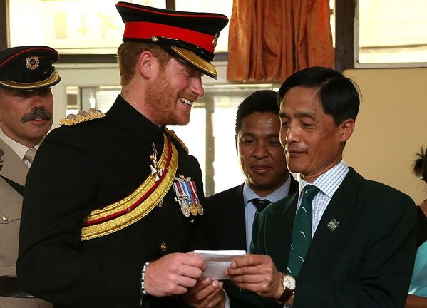 Prince Harry meets the #Gurkha soldier who chaperoned him in Salisbury 26 years ago. #Nepal (March 2016)