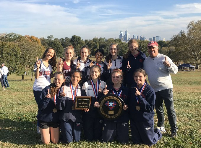 Meet your 2019 PCL GIRLS CROSS COUNTRY CHAMPIONS! Go Lady Lions!  <br>http://pic.twitter.com/VKd9kW6iq4