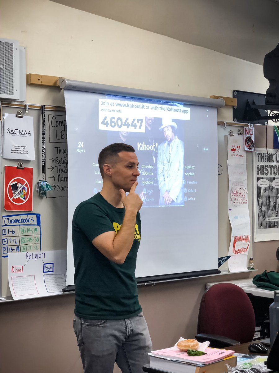 Great day today in my district! Our school of choice summit—a GREAT opportunity for 8th graders & families to learn about high schools in our district—was a hit! My presentation, of course, HAD to be interactive 😉 #YouKnowMe #SayNo2SageOnTheStage #studentvoice #proudtobeLBUSD