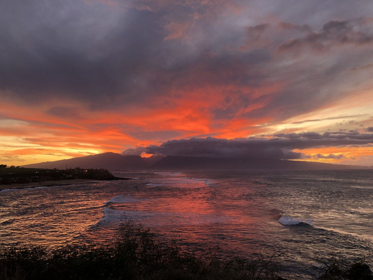 test Twitter Media - Cooling and breezy on the north shore at sunset. #cmweather #Maui #Sunset #surf #MagicalMaui #Mauinokaoi https://t.co/JSbtccC3Yq