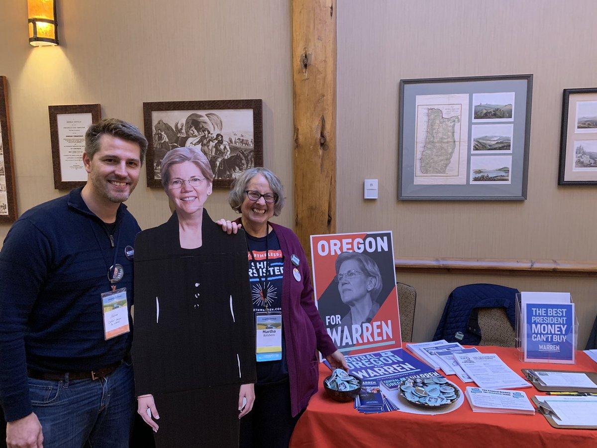 Democratic Party of Oregon Summit at #Sunriver OR. #Warren2020 <br>http://pic.twitter.com/yWYmRmbLah