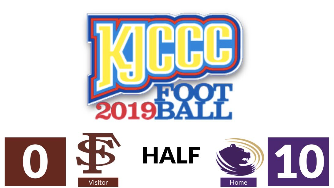 #KJCCC FOOTBALL - In El Dorado, the Grizzlies lead Fort Scott 10-0 at HALFTIME. @ButlerGrizzlies @fsgreyhounds