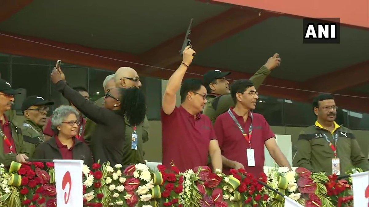 Union Minister for Youth Affairs and Sports, Kiren Rijiju flagged off Delhi Half Marathon at Jawaharlal Nehru Stadium earlier this morning.