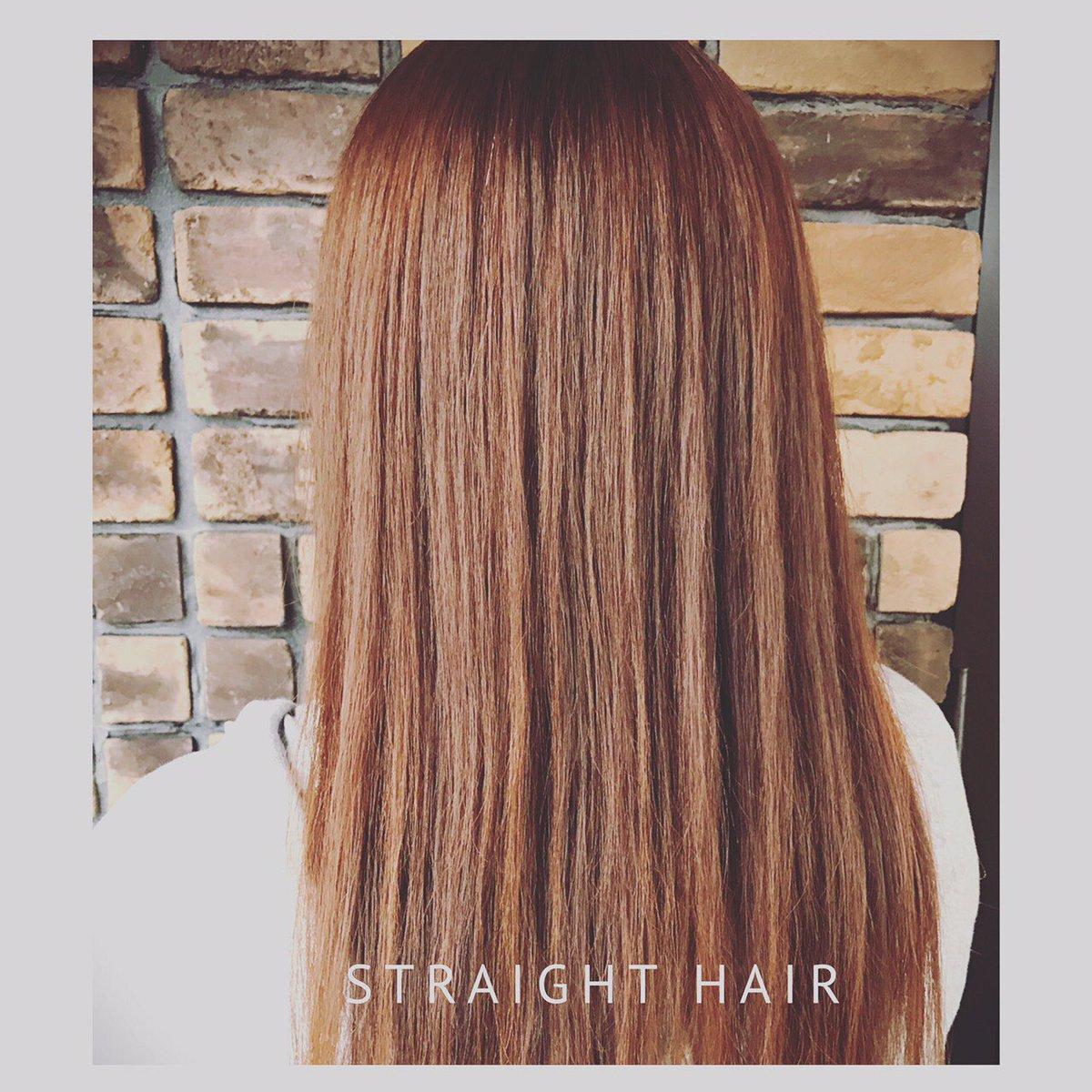 ケーティーズジャパンのストレートは 柔らかく、手触りがとてもいいんです!! 最近雨が多く、湿気でまとまらない髪の毛は おまかせください☺︎  #ストレートヘア #縮毛矯正 #サラサラヘア #湿気対策 #まっすぐ #美容室 #ケーティーズジャパン #可児市美容室