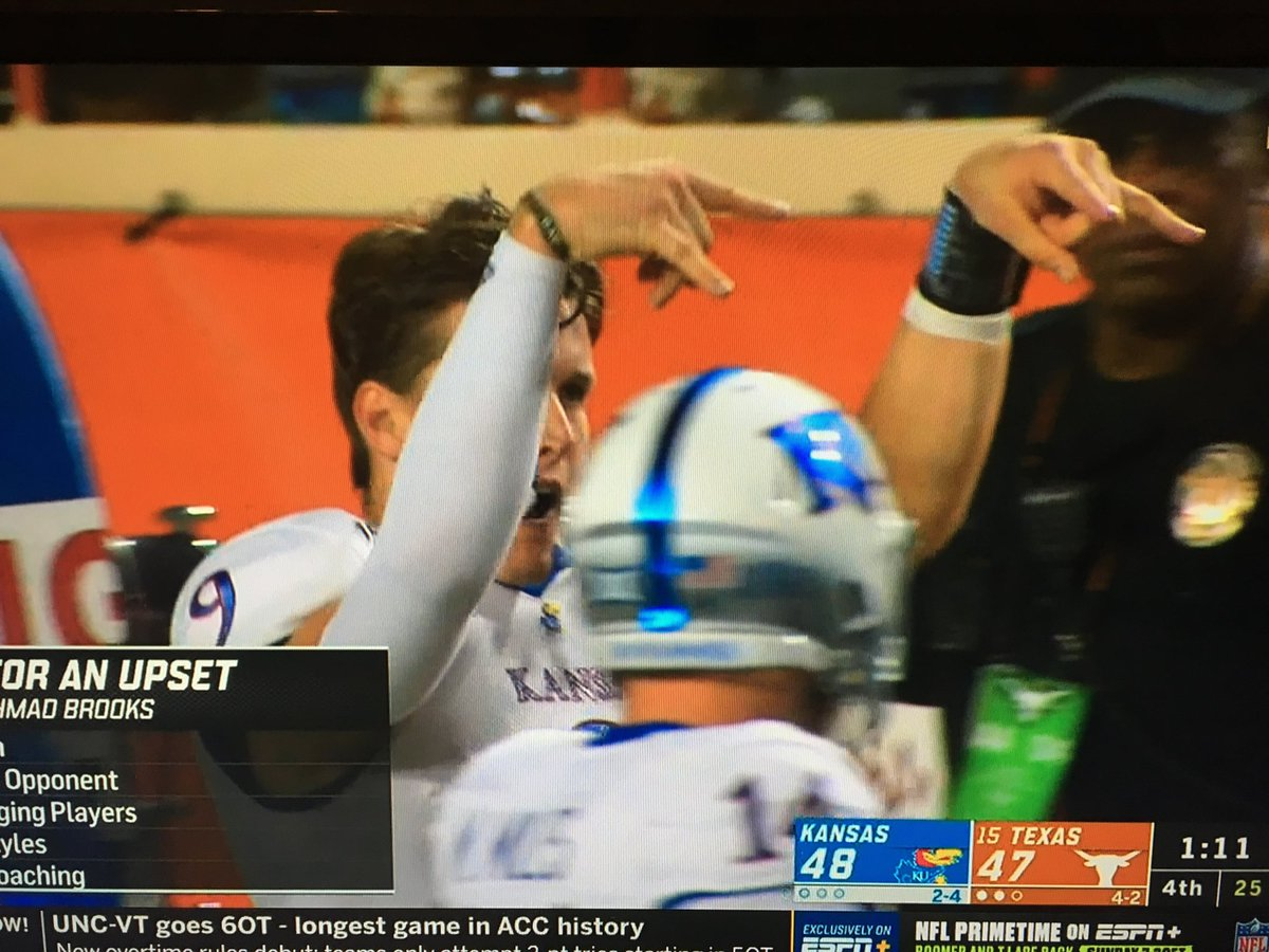 Photo: Kansas QB Was Taunting Texas Seconds Before Losing