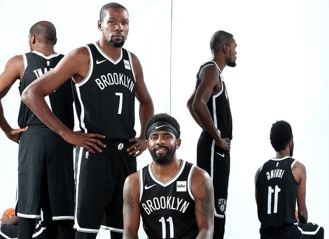 美媒:Irving和Durant加盟籃網使尼克感到「震驚和沮喪」