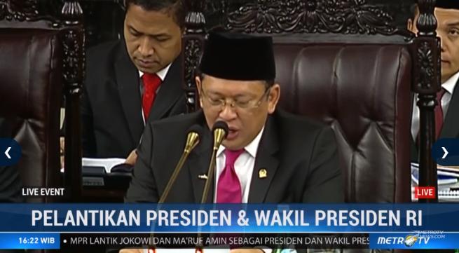 """Kini tiba saatnya kita mendengarkan Pidato awal dari Ir. Joko Widodo selaku Presiden RI"" Bambang Soesatyo. #LiveEvent #CongratsJokowiMarufAmin @Metro_TV http://metrotvnews.com/live"