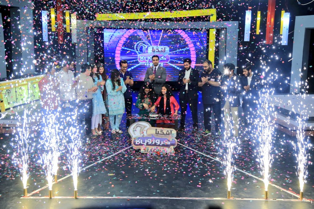 A memorable close to another magnificent season of @IdeaCroronKa_- 110M Committed in Season 4- 24 #startups pitched their  business ideas on national TV- 13 #Pakistani inspirational storiesshowcased'Will partner with @RoboticsClubpk to help take them to the next level IA👍