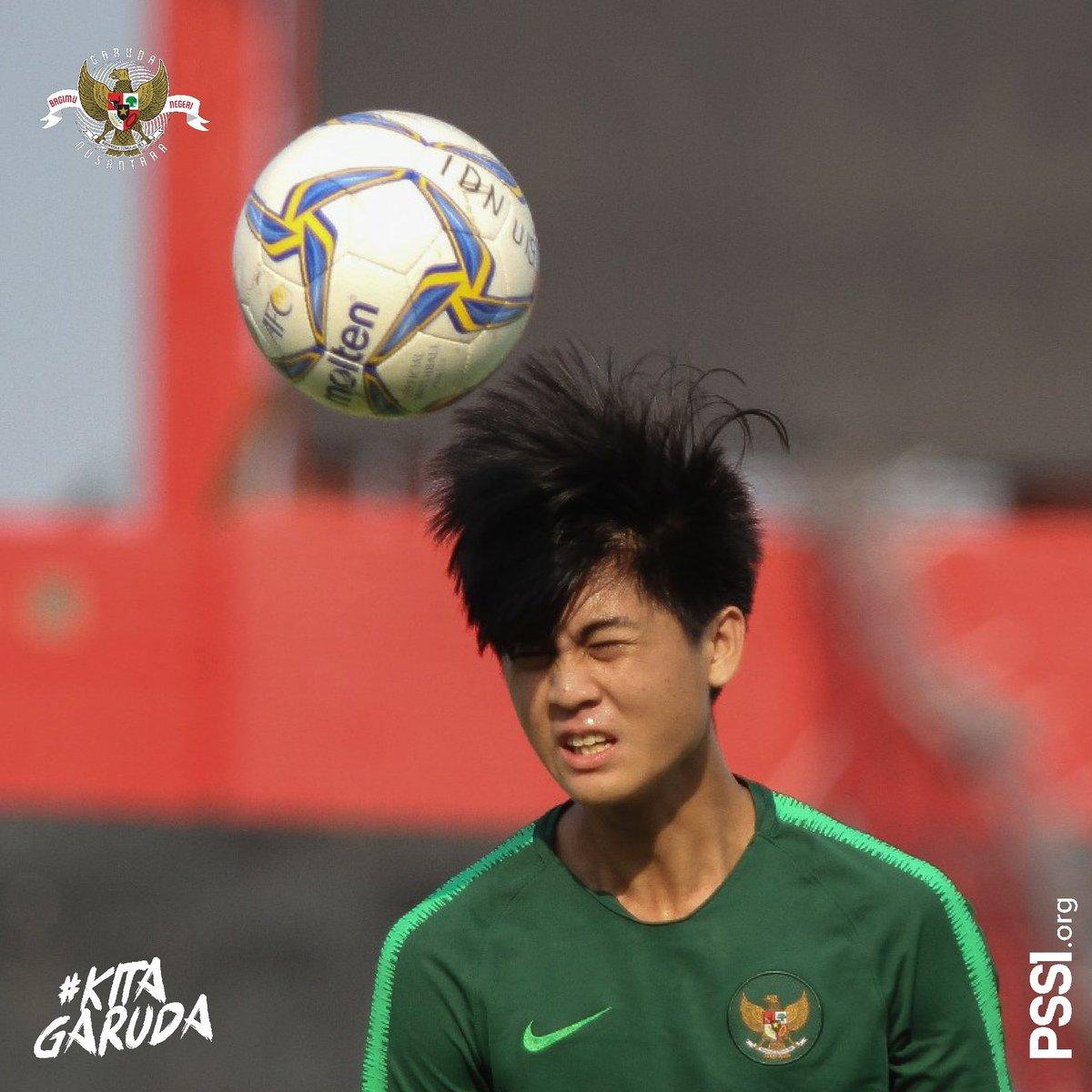 Menghitung mundur sepak mula laga Timnas Indonesia U-19 kontra China.  #PSSINow #KitaGaruda https://t.co/KdnJLoI24v