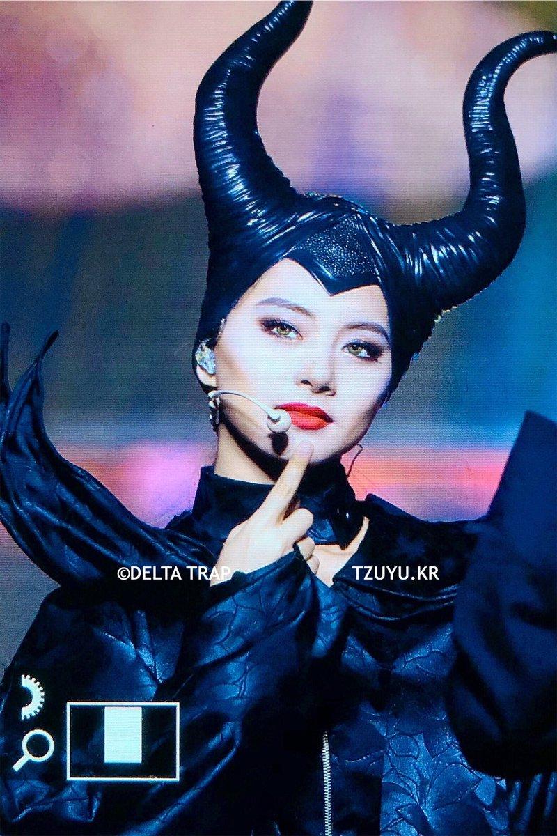 191020 말레피센트2 절찬상영중 #Maleficent @Maleficent  #쯔위 #트와이스 #TWICE #TZUYU