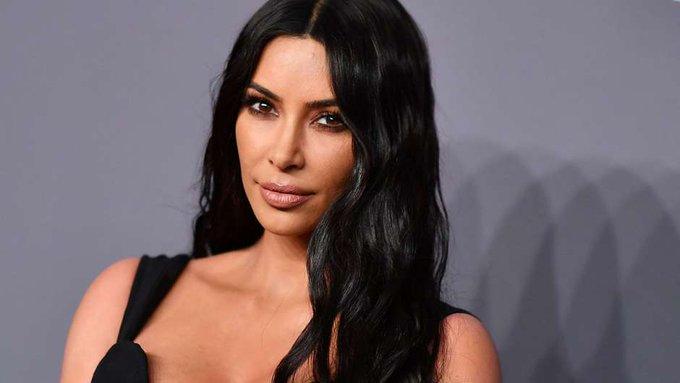 ¡Happy birthday, Kim Kardashian (    !!