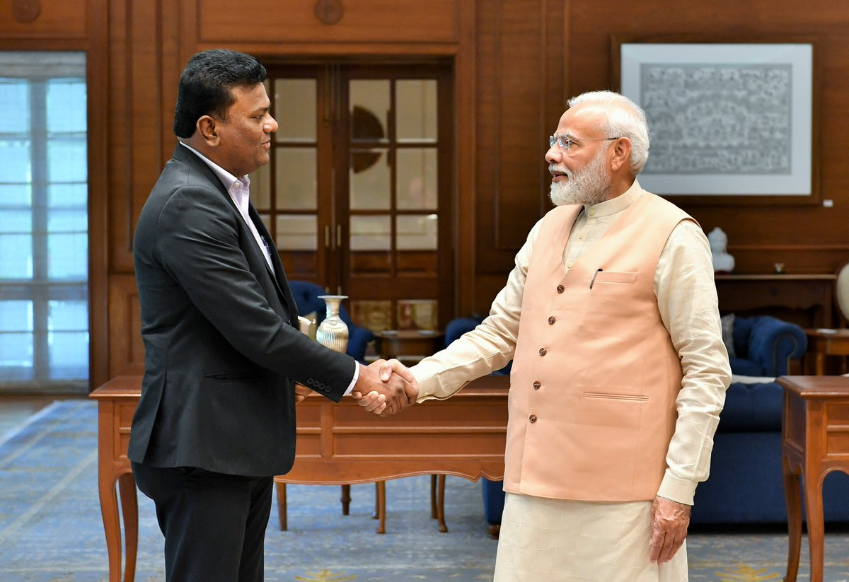 PM meets with Captain Amol Yadav, a young innovator who has built a six seater aircraft