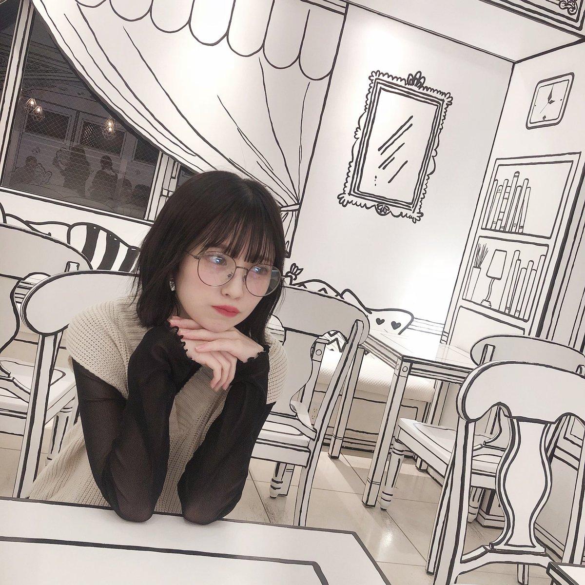 インスタにも載せたけども新大久保にある2D cafeがめちゃ絵本の中にいるみたいでかわいかった