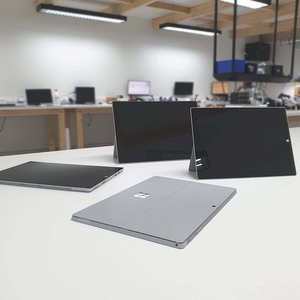 Possuímos Técnicos especializados em reparação em série de Microsoft Surface.  Consegue um orçamento grátis em http://www.ptelemoveis.pt | 244001251 | suporte@ptelemoveis.pt  #economiacircular #surface #microsoftrepair #orçamento #reparaçãopic.twitter.com/GCi2Nf0sCN