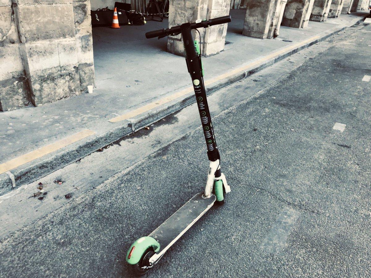 裏話ボナペティ!尾花がパリで移動に使用してた乗り物!あれは撮影当日、#木村拓哉 さんがパリの日常を観察した上でのアイディアだったんです。今後も気まぐれに呟いていきますね!#グランメゾン東京
