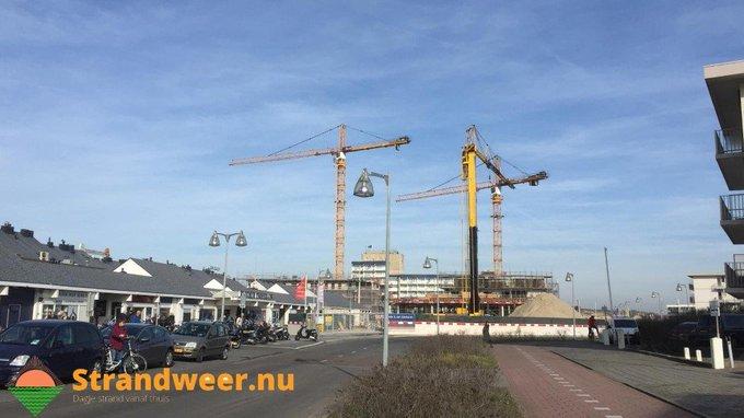 RT @Strandweernu: Sloop oude winkelcentrum Kijkduin uitgesteld https://t.co/AVmDneGjb3 https://t.co/9LNoa7OvvG
