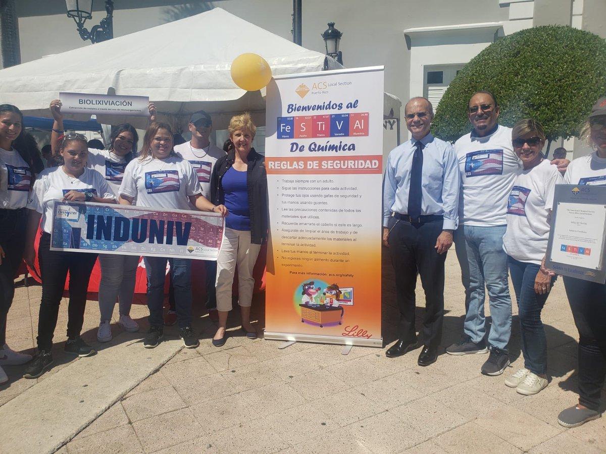 La Universidad de Puerto Rico celebra la Semana de la Química orientando a la población en el Viejo San Juan junto a la organización American Chemical Society de PR. #FuturoUPR 👩🏻🔬👨🏽🔬