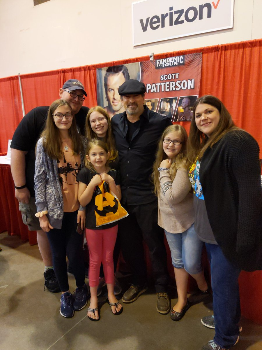 Beautiful memories being made. Scott is such a down to earth great guy! @ScottGPatterson @CRuyle1 #FandemicHouston