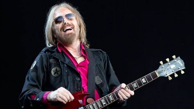 Happy birthday Tom Petty. Am so glad I got to see this guy perform at BluesFest. I miss him.