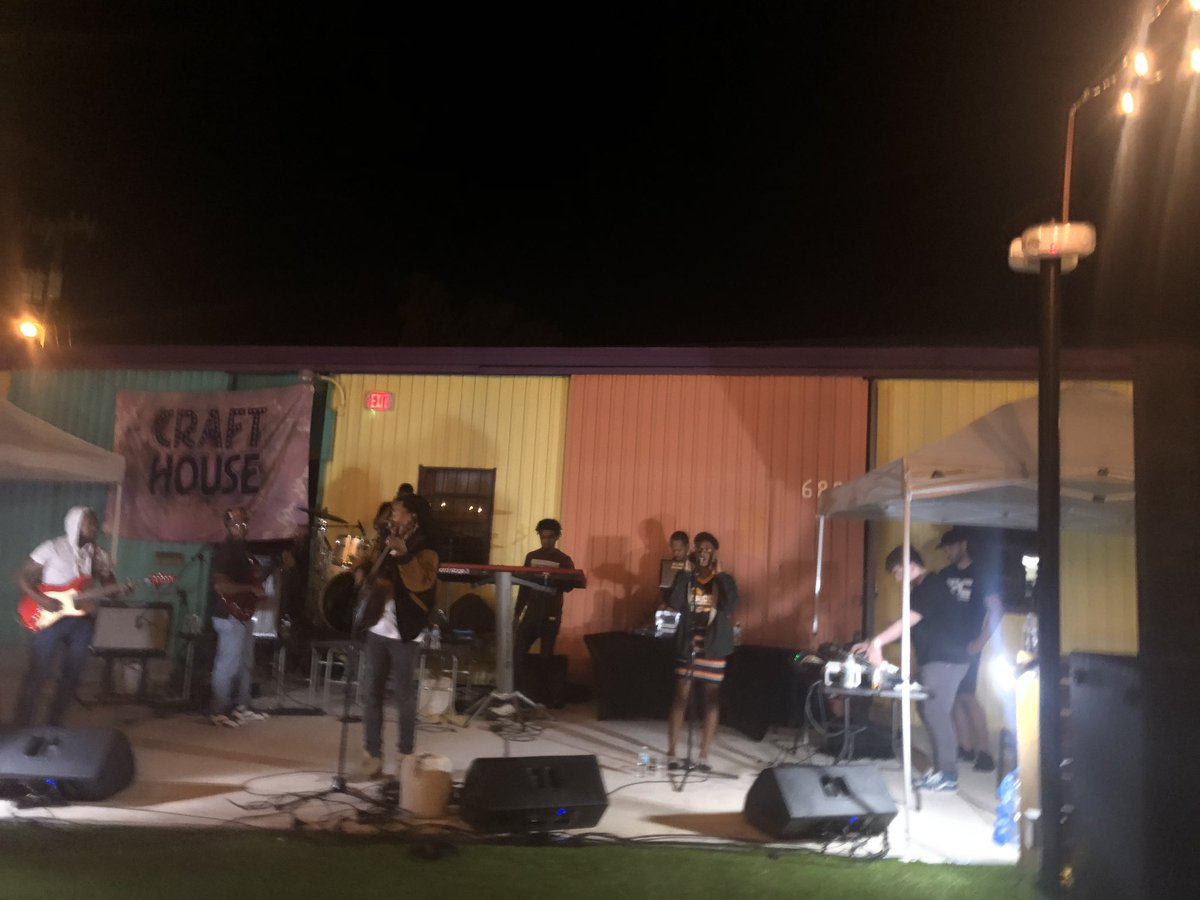 @RoyceLovett closing down Catfest at @RRSQCrafthouse in @RailroadSquare !