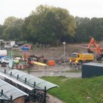 @BarendrechtnuNL - Het is een komen en gaan van vrachtwagens op de bouwplaats van het project De #Stationstuin ivm de afvoer van grond. #appartementencomplex #Stationsweg #Barendrecht https://t.co/C6ZH6D8GtT