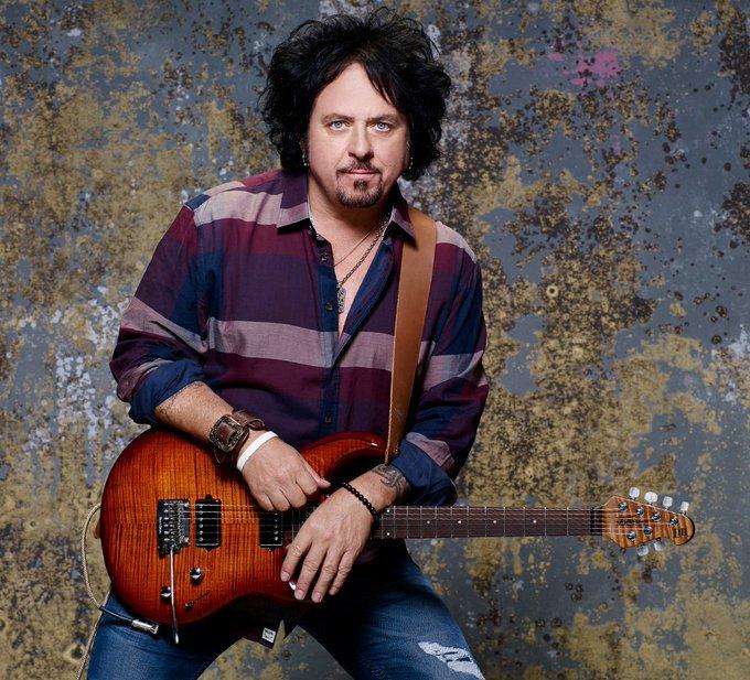 Happy birthday to Steve Lukather!